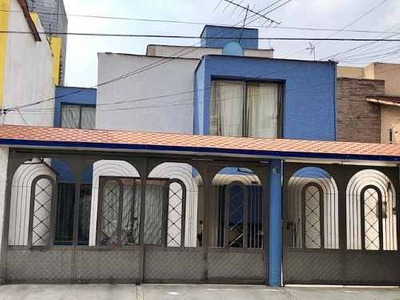 Bonita Y Acogedora Casa En Renta Valle Dorado