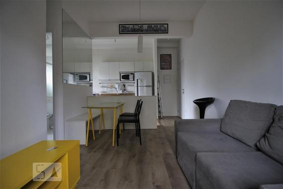 Apartamento Térreo Mobiliado Com 2 Dormitórios E 1 Garagem - Id: 892956057 - 256057