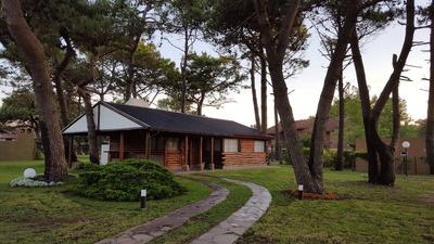 Villa Gesell - Cabaña Arken - Barrio Norte