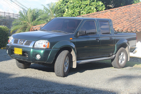 Pickup Nissan Frontier Doble Cabina 4x4 3.0 Turbodiesel 2012