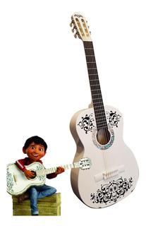 Paquete Coco Guitarra Infantil, Base, Funda, Afinador Y Puas