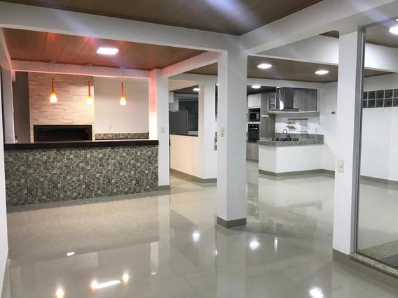 Apartamento Com 4 Quartos Para Comprar No Altinópolis Em Governador Valadares/mg - 1681