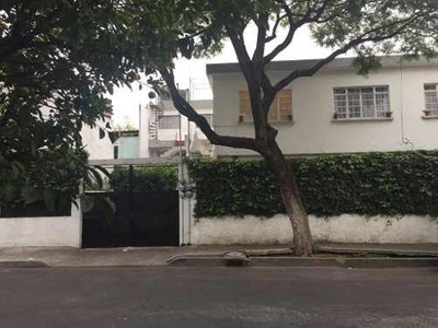 Casa En Venta, En Colonia Victoria De Las Democracias Junto A Nueva Santa María Azcapotzalco Cdmx.