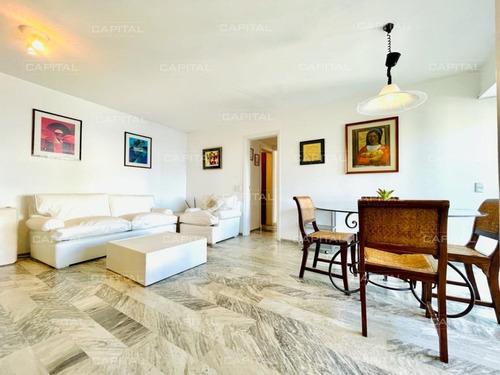Apartamento De 2 Dormitorios En Venta - Península Punta Del Este-ref:31050