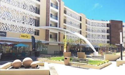 Renta De Local Comercial En Plaza La Jolla
