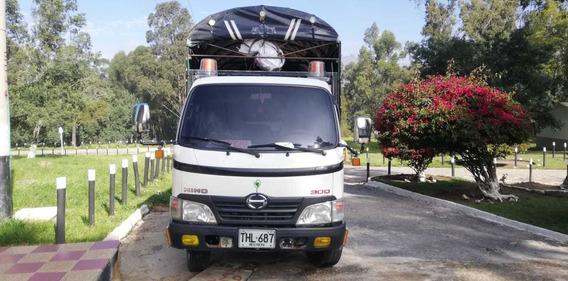 Camioneta Hino,dicel, Motor 4000, Modelo 2012, Único Dueño