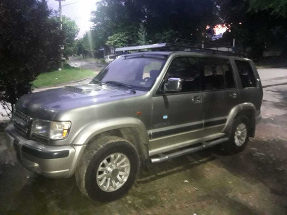 Isuzu Trooper 3.0 I Ls Wagon 2000