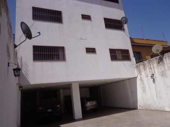 Apartamento En Venta. La Victoria. Cod Flex 20-15796 Mg