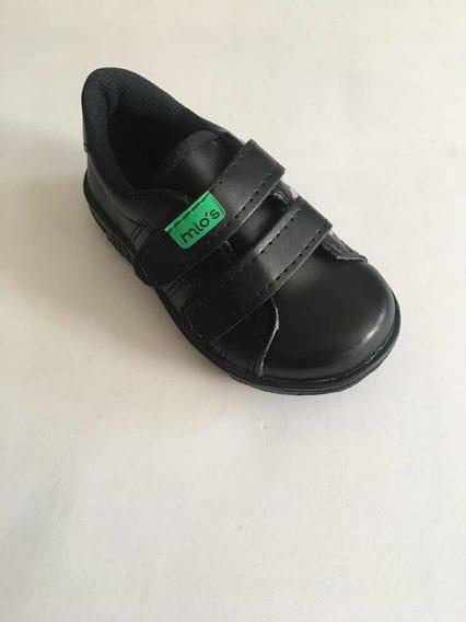 Zapatillas Con Velcro Art 104