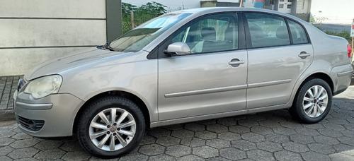 Volkswagen Polo Sedan 1.6 Flex 2010/2011
