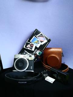 Cámara Fujifilm Instax Mini90neoclassic Instant