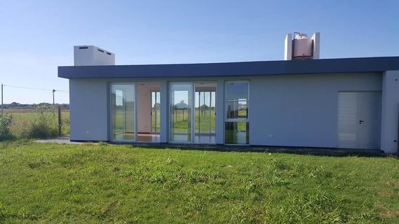 Moderna Casa 1 Dormitorio En Colonia Benitez