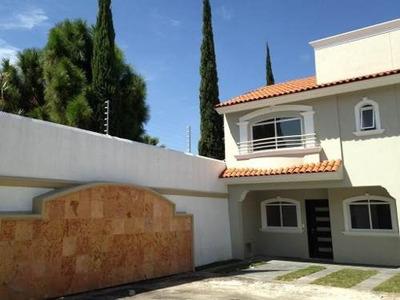 Casa En Venta En Villas Del Palmar