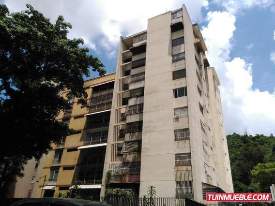 19-6653 Amplio Apartamento En El Paraiso