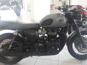 Triumph Boneville T120 Black