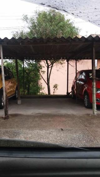 Apartamento 2 Quartos,cozinha,sala,banheiro,garagem