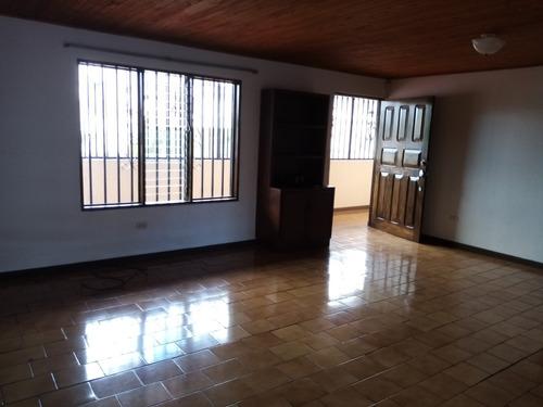 Imagen 1 de 14 de Alquiler De Hermosos Apartamentos