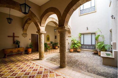 Imagen 1 de 12 de Loft En Casa Colonial Histórica Con Alberca Y Terraza