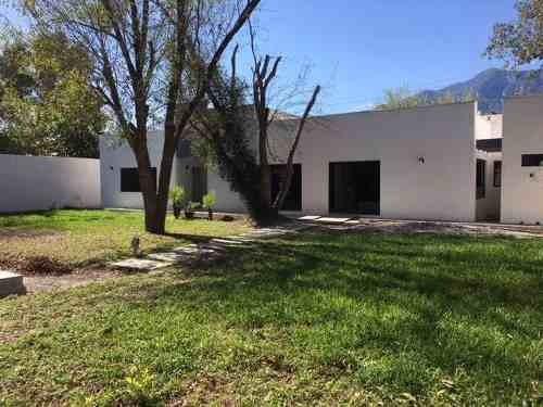 Casa En Venta En El Yerbaniz Zona Las Misiones -carr. Nal. (aa)