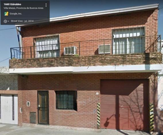 Depósito En Zona Industrial/residencial De Villa Maipú. Lote De 250 Metros