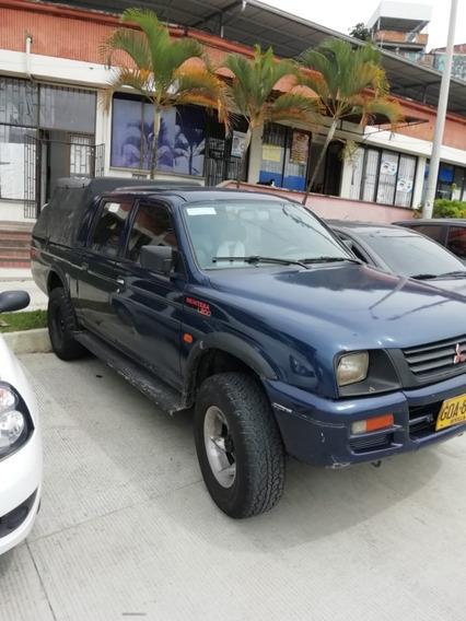 Mitsubishi Montero Advancer L200 1999