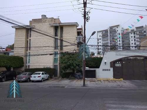 Departamento En 1er Nivel Remodelado En Lomas Altas