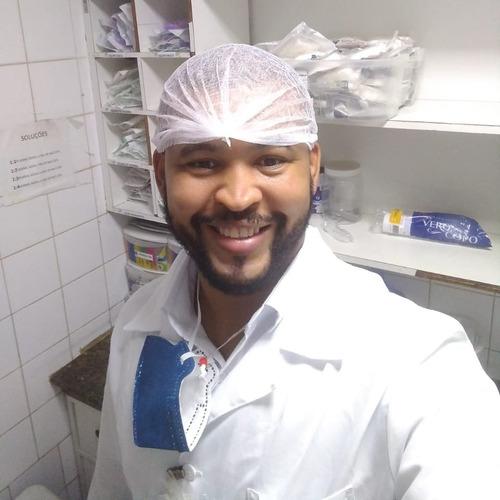 Técnico De Enfermagem  E  Cuidador