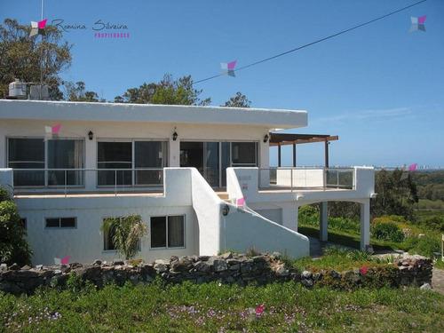 Casa En Punta Ballena, 6 Dormitorios *- Ref: 7887