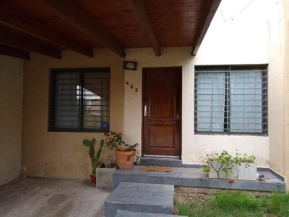 Casa 3 Domitorios, Altos De La Calera