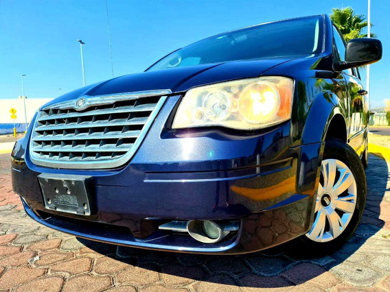Chrysler Town & Country 3.8 Limited 2008 At