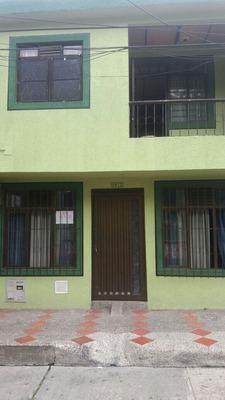 Vendo Casa En Cuba De 2 Plantas Amplia