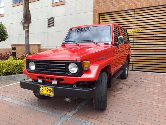 Toyota Land Cruiser Macho Largo