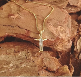 Colar Cristo Peito Cravejado Microzirconias