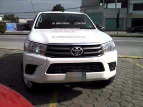 Toyota Hilux 2017 Standar 4 Cil Doble Cabina
