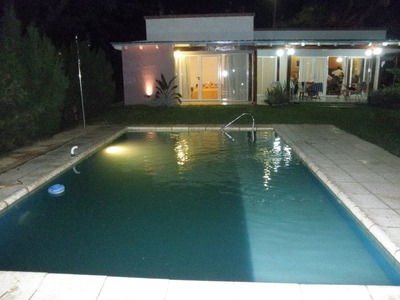 Club Privado Frente Al Rio , Casa Con Pileta , 6 A 8 Person