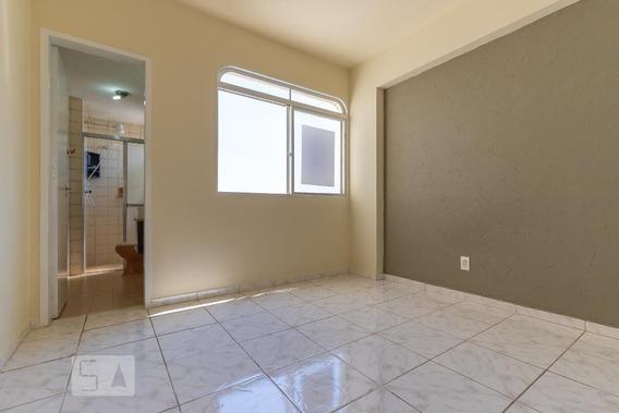 Studio No 14º Andar Com 1 Dormitório E 1 Garagem - Id: 892985453 - 285453