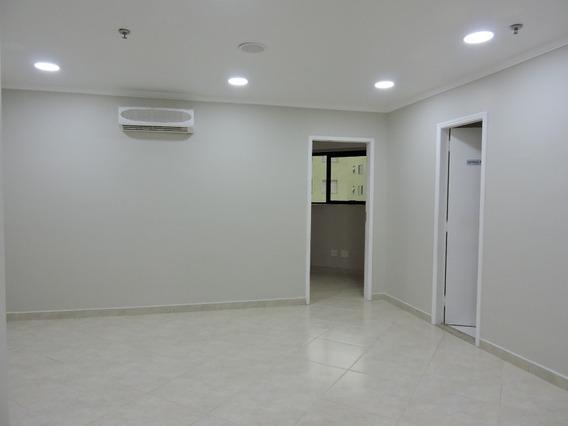 Sala - 2241s - 34375766
