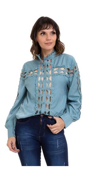 Camisa Kinara Cetim Detalhes Em Renda Vazada Azul