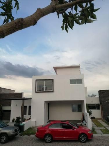 Casa En Venta Agaves Corregidora Queretaro