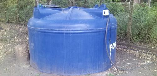 Imagem 1 de 1 de Caixa D'agua 5000 Litros - Usada Mais Bomba Submersa