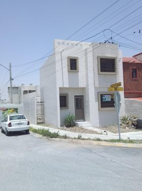 Imagen 1 de 7 de Casa Venta Real Del Valle En Esquina