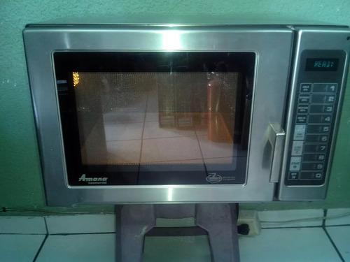 Imagen 1 de 5 de Horno Microondas Industrial Amana Restaurante Uso Rudo Acero
