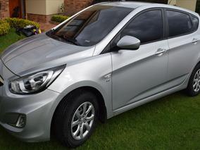Hyundai I25 1.6 Mecanico. Modelo 2012 Hatchback