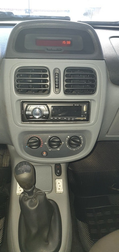 Renault Clio Sedan 2009 1.6 16v Expression Hi-flex 4p