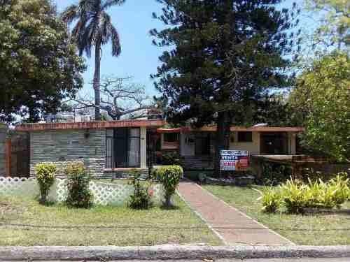 Casa En Venta Colonia Petrolera, Tampico, Tam.