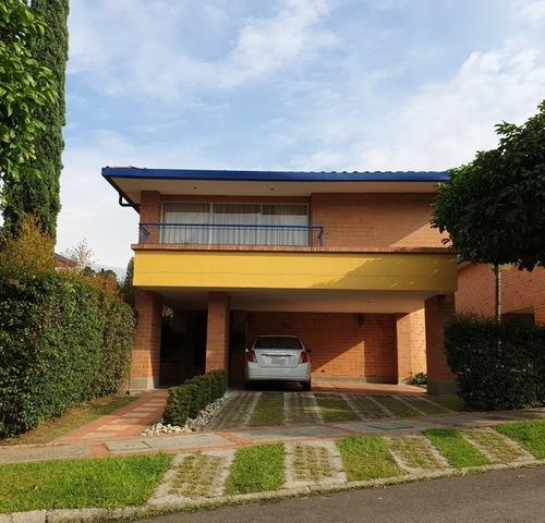 Vendo O Cambio Casa En Suramérica Por Finca De Menor Valor