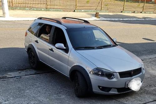 Fiat Palio Weekend .