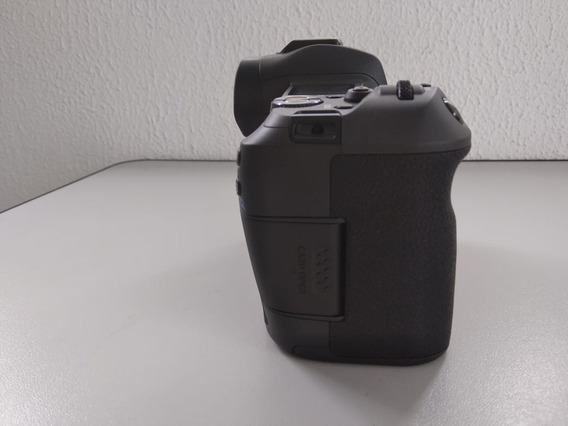 Camera Canon Eos R (só Corpo)