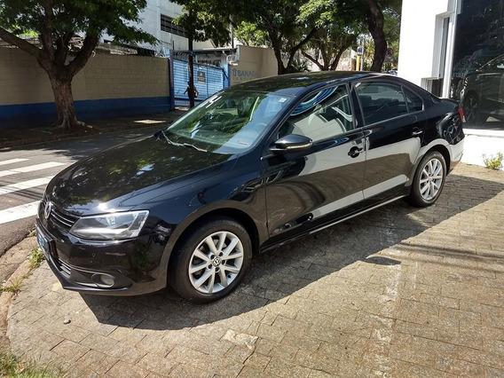 Volkswagen Jetta 2.0 Comfortline Flex Automático 2014