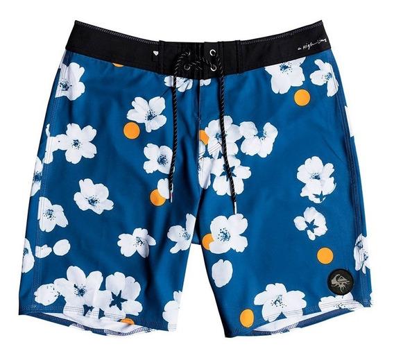 Traje De Baño Hombre Short Azul Flores Blancas Quiksilver